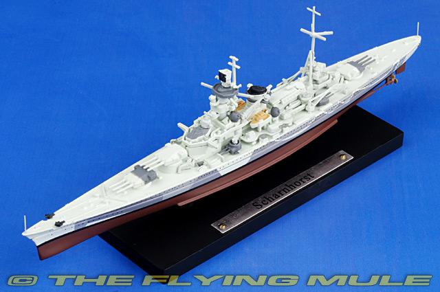 Scharnhorst Scale Model Ship Atlas Editions 7134104 1:1250 New in a box!