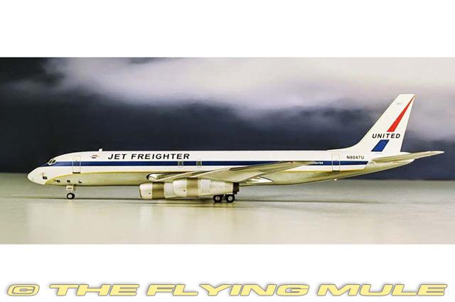 1 200  DC-8-54F N8047U United Airlines voiturego  pratique