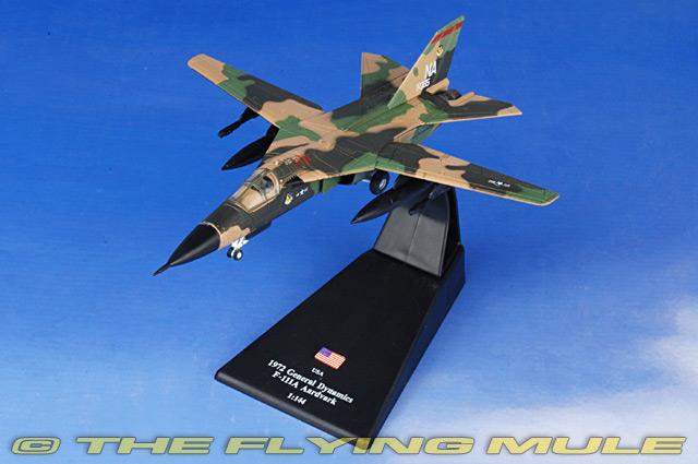 F-111A Aardvark 1:144 Diecast Model - Amercom AM-ACLB20 ...
