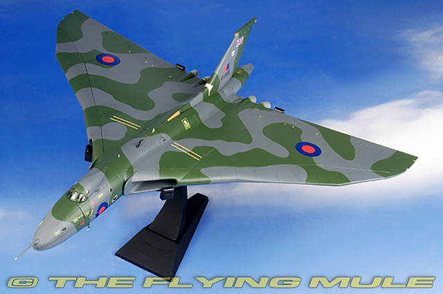flying model airplanes for sale with Cg Aa27201 on English Electric Canberra also Large Scale Model Aircraft furthermore  further The Quimbaya Figurines What Are They moreover Ptst120.