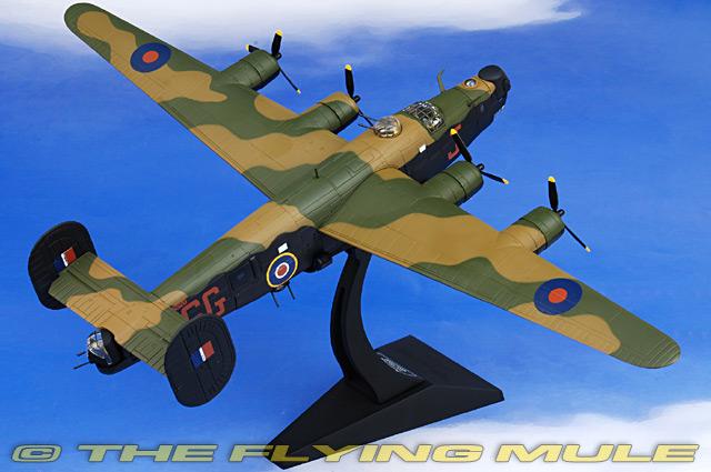 Details about  /Runway 24 British RAF Spitfire English WWII Diecast Airplane Fighter Toy MIP