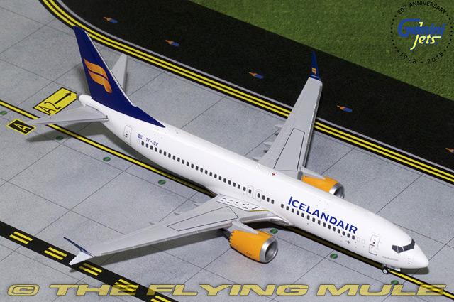 1 200 737 MAX 8 TC -ICE Icelandair