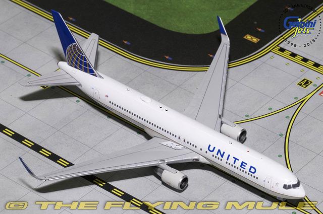 1 400 767-300ER N676UA N676UA N676UA United Airlines 39c384