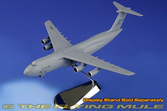 GeminiJets 1//400 C-5M Super Galaxy #85-0010 USAF 60th AMW