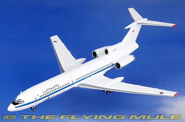 Herpa Wings 1:200 Luftwaffe LTG 65 Tupolev TU-154M #556460 metallmodell *RARE*