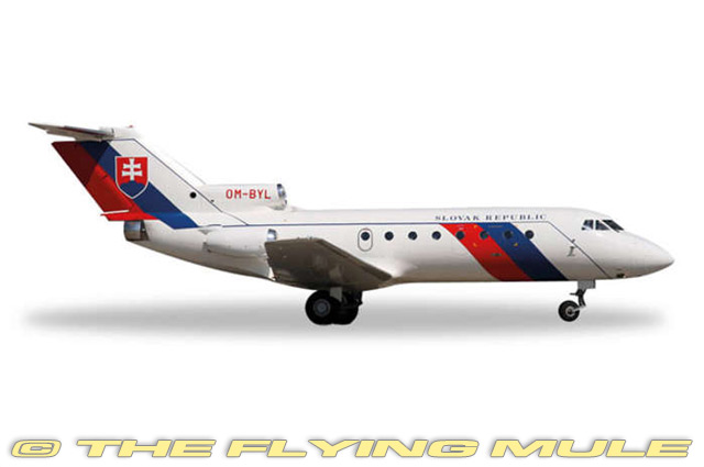 1 200 Yak-40 PHYCIS gouvernement Slovaque