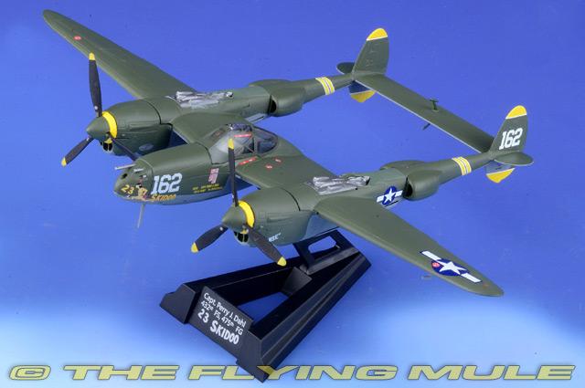 LOCKHEED P-38J LIGHTNING Atlas Editions 1944 - Aeroplane Model Scale 1:72