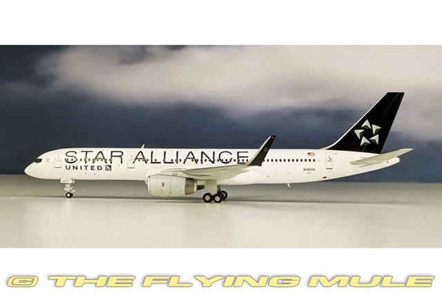 1 200 757-200 N14120 United Airlines
