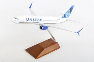 737-800 Display Model, United Airlines, N37267, w/Wood Stand