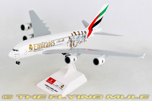 1 200 A380-800 Emirates Airlines